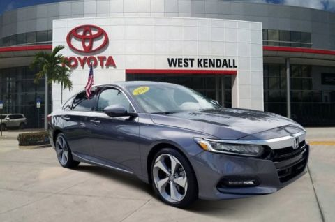 Pre-Owned 2018 Honda Accord Touring 2.0T FWD 4D Sedan