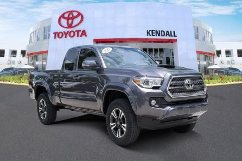 Certified Pre-Owned 2017 Toyota Tacoma TRD Sport RWD 4D Access Cab